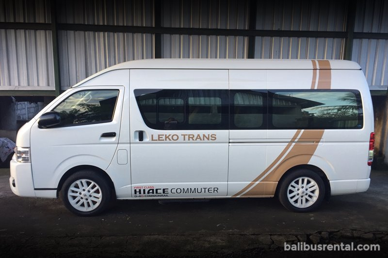 rental Luxury Hiace 15 Seats Bali