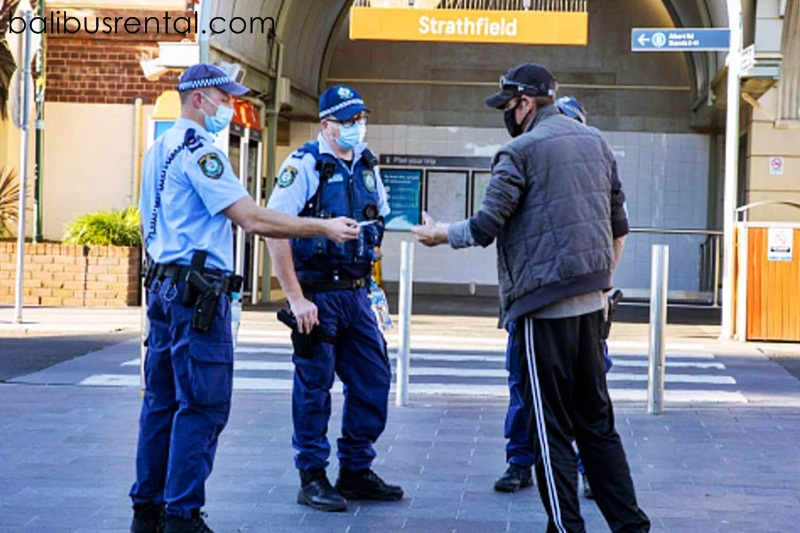 Sydney readies for more military support as Delta sweeps city